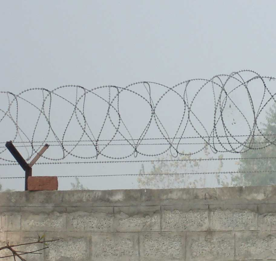 Barbed Wire Fence Material